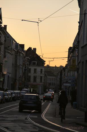 Brugstraat ブルグ通り の夕暮れ