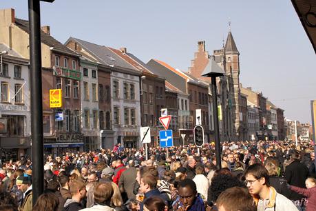 パレード大通りの人々 3
